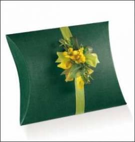 10 Kartonagen-Geschenkverpackung-Fausto-Busta-Kissen-grün-Leinenstruktur - Bild vergrößern